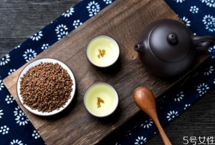 苦荞茶晚上喝会影响睡眠吗 苦荞茶哺乳期可以喝吗