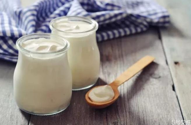 晚上空腹能喝酸奶吗 睡觉前可以喝酸奶吗