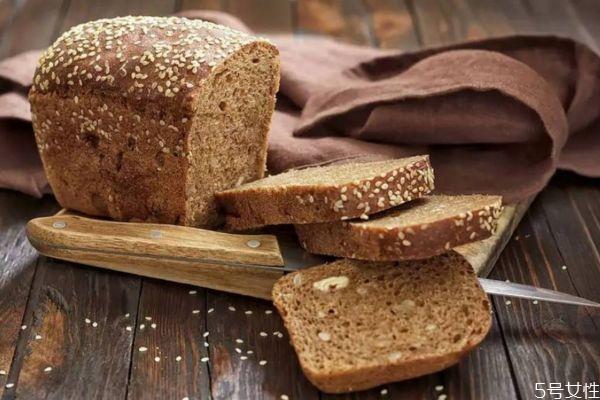 全麦面包会上火吗 全麦面包会不会升血糖
