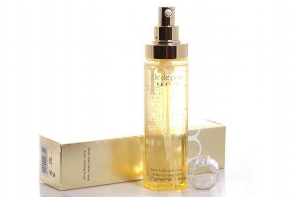 cpb的化妆水好用吗 cpb化妆水滋润和清爽哪个好用
