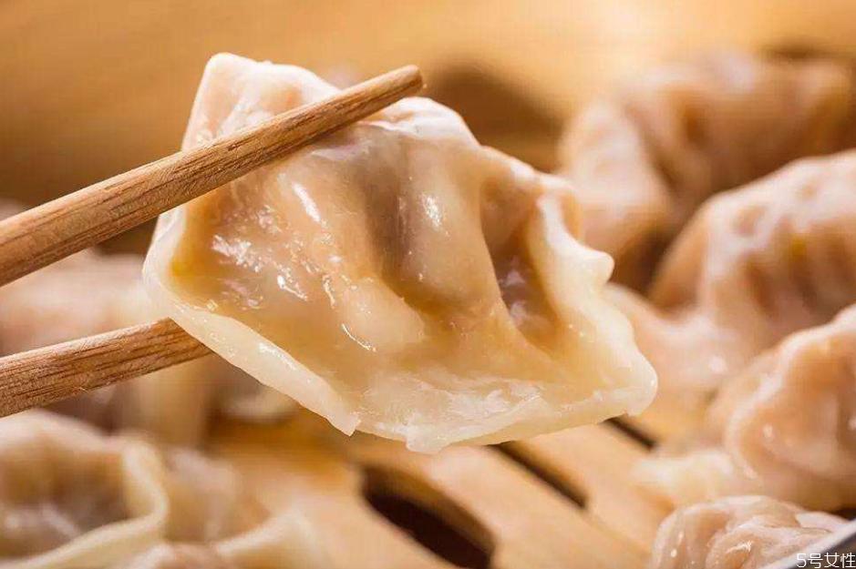 饺子可以用微波炉加热吗 微波炉怎么热饺子