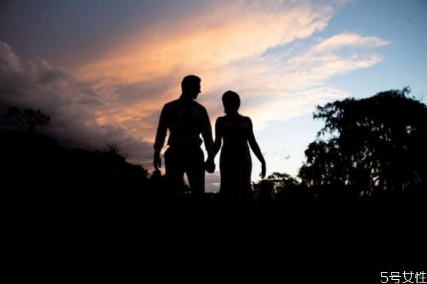 出轨男人热恋多久能清醒 老公出轨多久能清醒