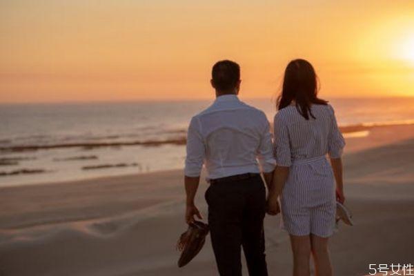 回避型人格喜欢什么人 回避型爱一个人表现