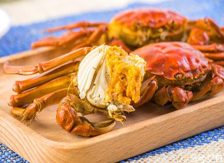 坐月子可以吃大闸蟹吗 坐月子吃大闸蟹有什么不好的影响