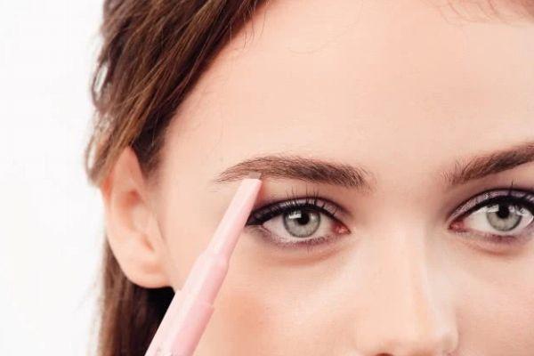 为什么画眉毛不上色 为什么画眉毛容易坨块