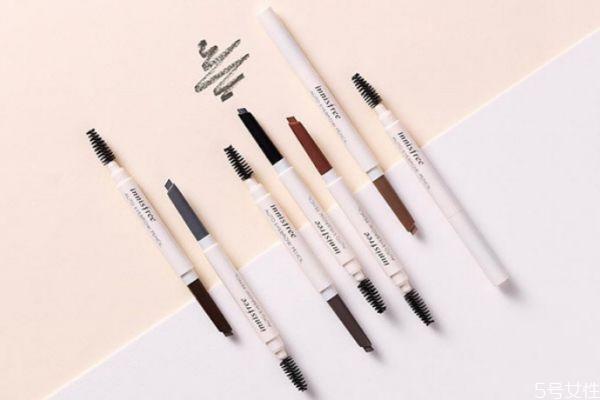 用眉笔画眉如何保持不掉色 眉笔怎么换替换芯