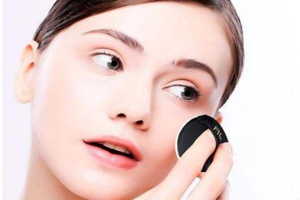 卸了妆能不洗脸吗 卸妆泡沫和卸妆水区别是什么