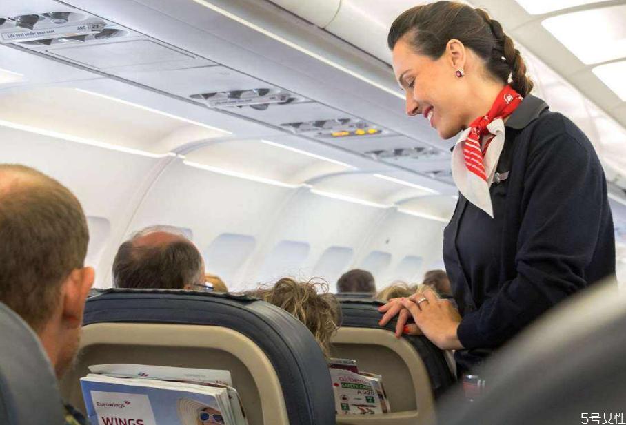飞机上能带熟食肉类吗 飞机上哪些食品不能带