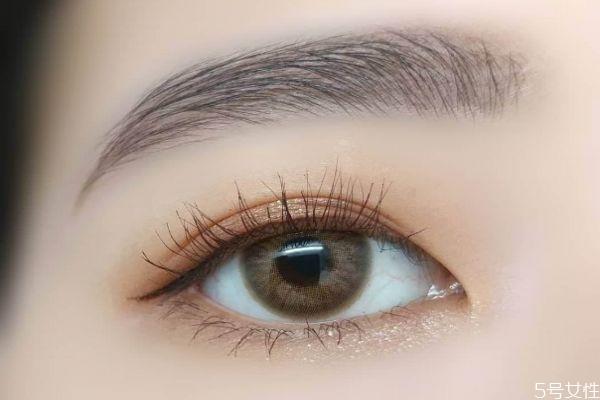眼妆怎么画可以显得温柔 温柔的眼妆教程