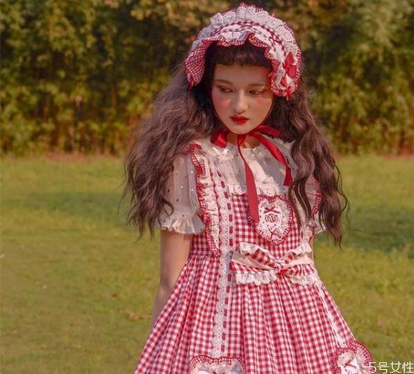 lolita正品和山寨有什么区别 穿lolita要注意什么