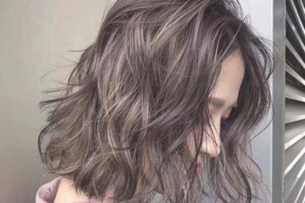 秋天头发干燥怎么保养 头发怎么保养又直又顺