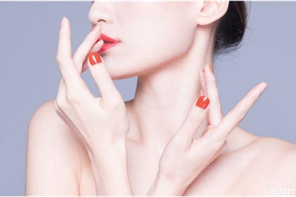 指甲油涂多久要卸掉 指甲油多久涂一次好