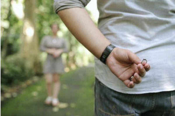感觉男朋友根本不爱我 男生不爱你的几种表现