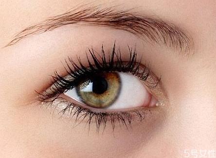 自己在家怎么卸假睫毛 快速卸掉嫁接睫毛的方法