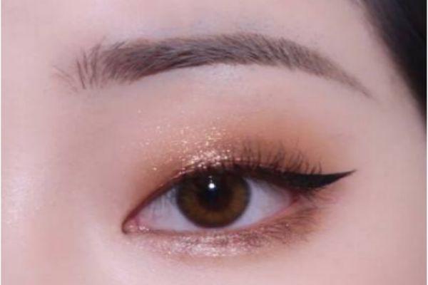 单眼皮怎么化眼妆好看 单眼皮肿眼泡眼妆怎么画
