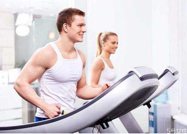 运动减肥可以吃零食吗 运动减肥两个月能瘦多少斤