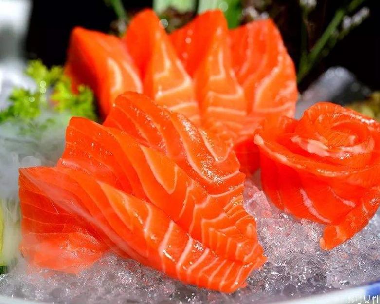 三文鱼为什么那么贵 三文鱼贵还是金枪鱼贵