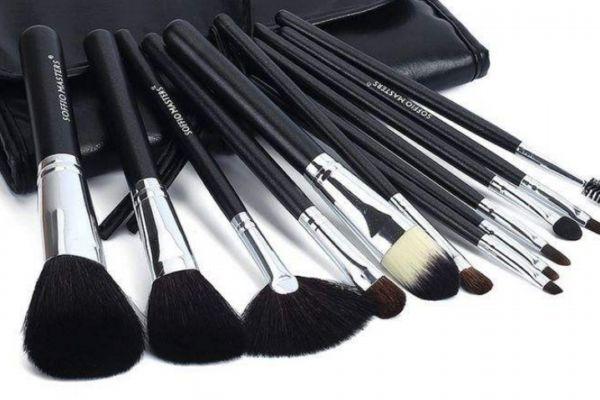 化妆刷可以烘干消毒吗 化妆刷可以用风扇吹吗