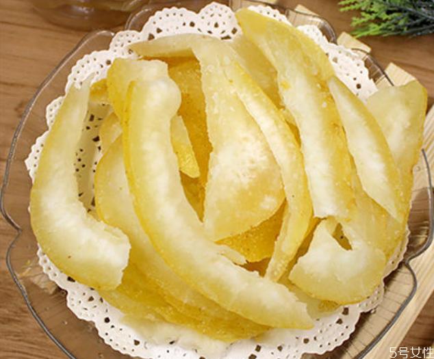 柚子糖为什么炒不出糖霜 柚子皮炒多久起糖霜