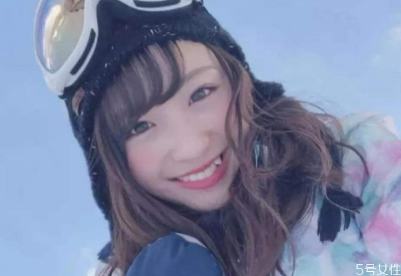 日本女生为什么那么多龅牙 日本人以龅牙为美