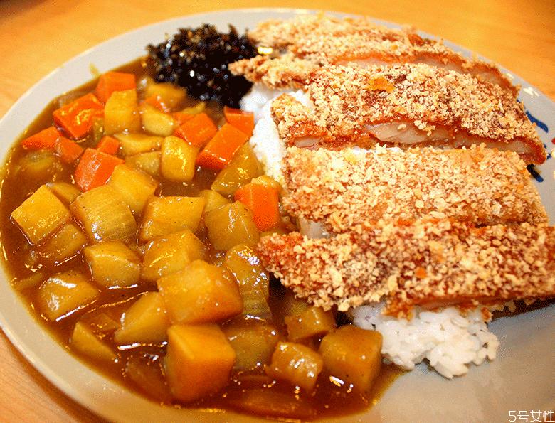 咖喱饭放盐吗 家常咖喱饭的做法