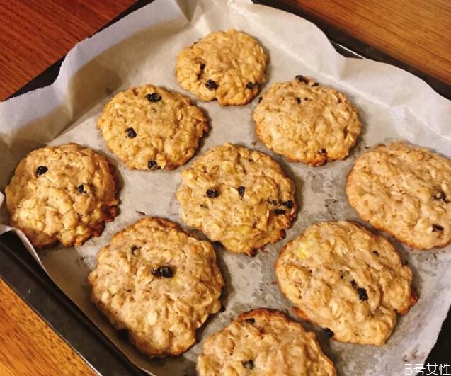 燕麦饼干最简单的做法 燕麦饼干烤箱做法窍门
