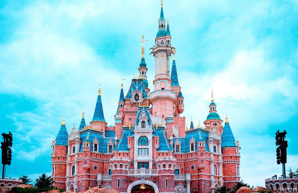 上海迪士尼乐园游玩项目 上海迪士尼必玩七大项