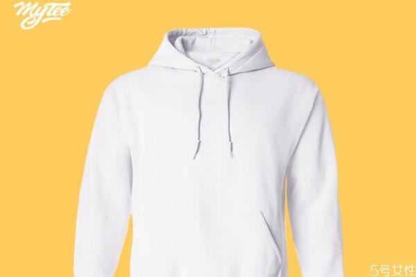 白色衣服为什么会发黄 白色衣服如何防止变黄
