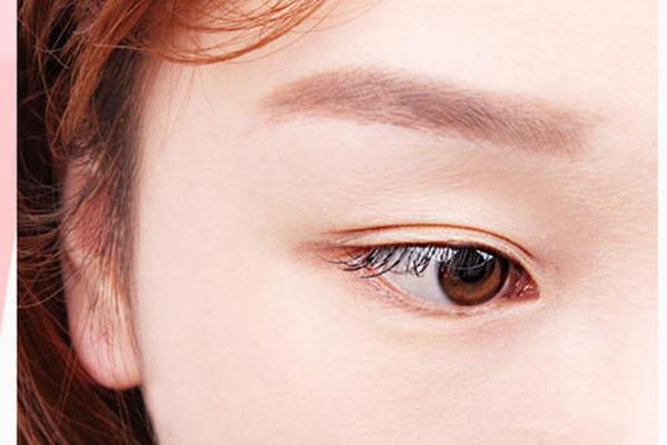 蕾丝双眼皮贴会让眼皮松弛吗 蕾丝双眼皮贴会导致眼皮松弛吗