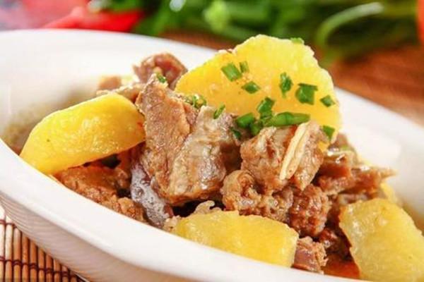土豆炖排骨怎么做 土豆炖排骨的做法