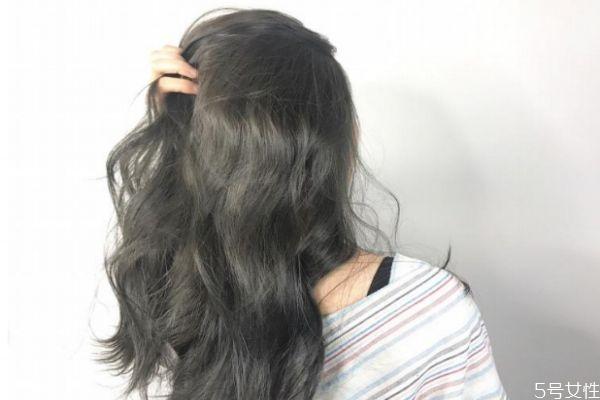 染发后怎么洗头不掉色 染发后用什么产品能固色