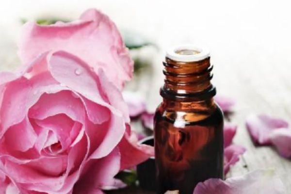 乳腺增生能用玫瑰精油吗图片
