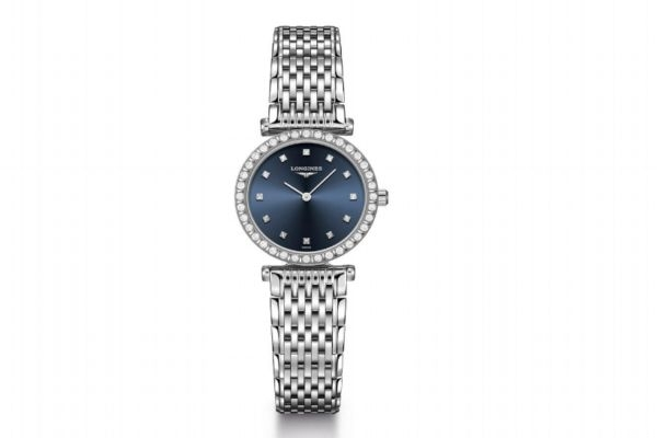 女人手上戴什么有气质 手镯和手表同时带怎么带