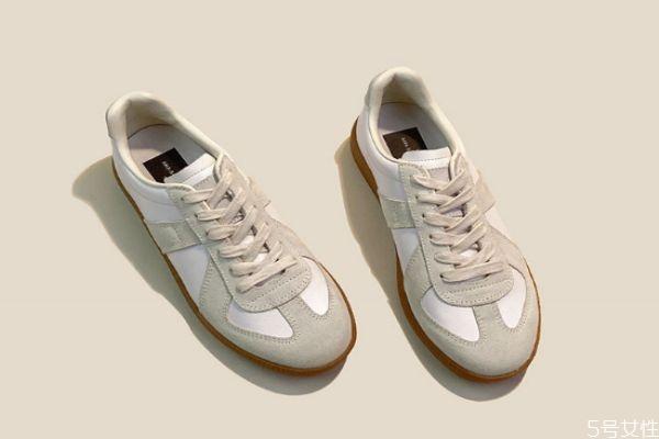 鞋子捂脚怎么除臭气味 鞋子怎么除臭效果好