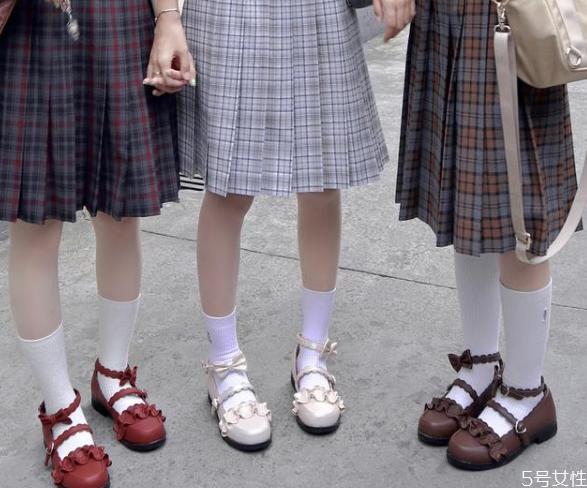 lolita鞋子可以搭配jk吗 适合搭配jk的lo鞋