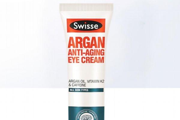 swisse眼霜适合多大年龄的人用 swisse眼霜主要成分