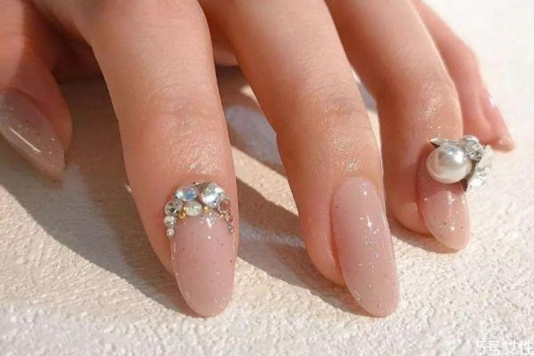 怎样将指甲油涂均匀 指甲油涂不匀怎么办