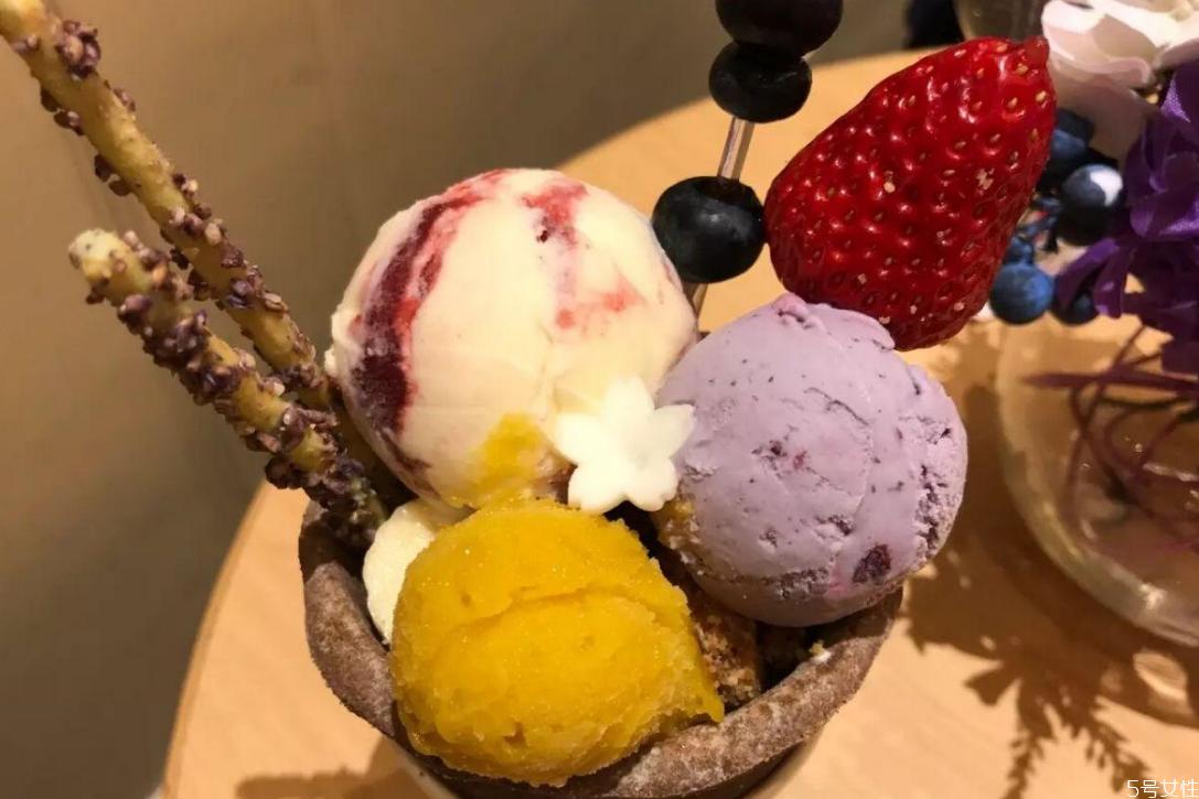哈根达斯一共有多少种口味 哈根达斯冰淇淋口味排行
