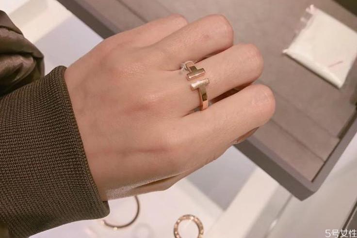 蒂芙尼属于几线品牌 蒂芙尼戒指怎么样