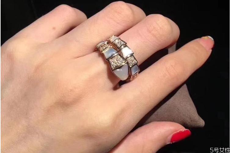 宝格丽戒指回收能卖多少钱 宝格丽转卖还值钱吗