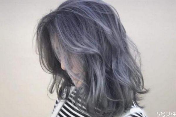 漂完头发多久才能染发 漂完头发是什么颜色