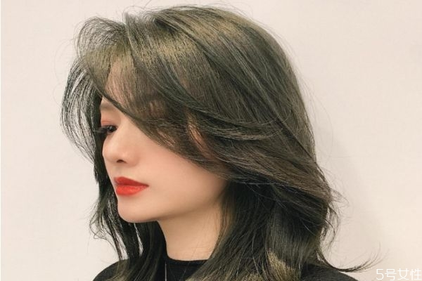 漂发可以连续两次吗 漂发和染发有啥区别