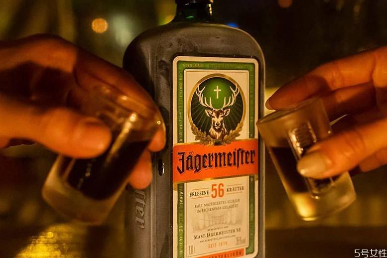 野格属于威士忌吗 野格和威士忌有什么区别