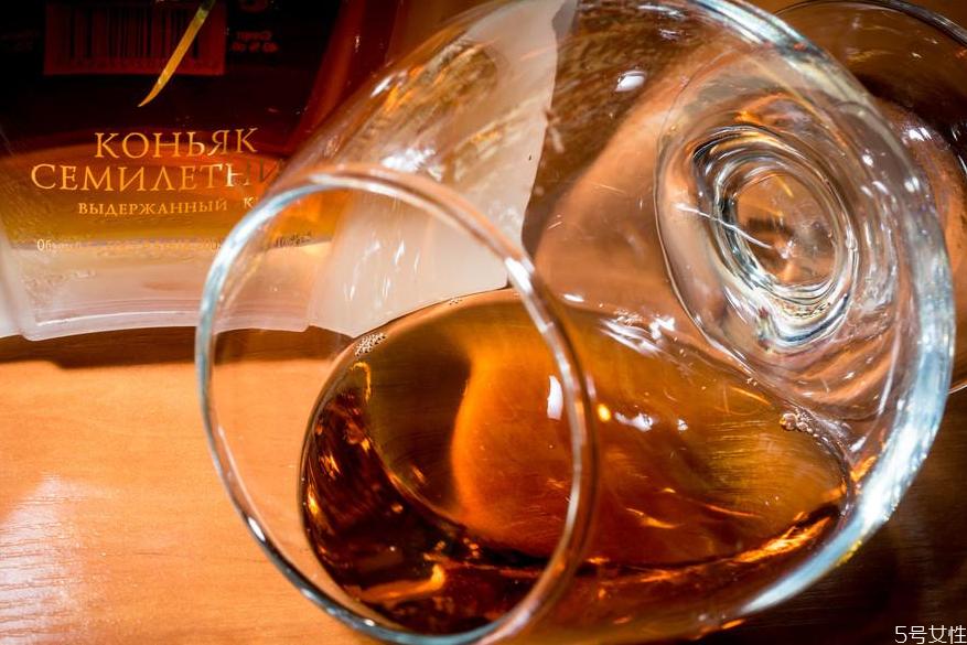 白兰地是哪个国家的酒 白兰地什么牌子的好