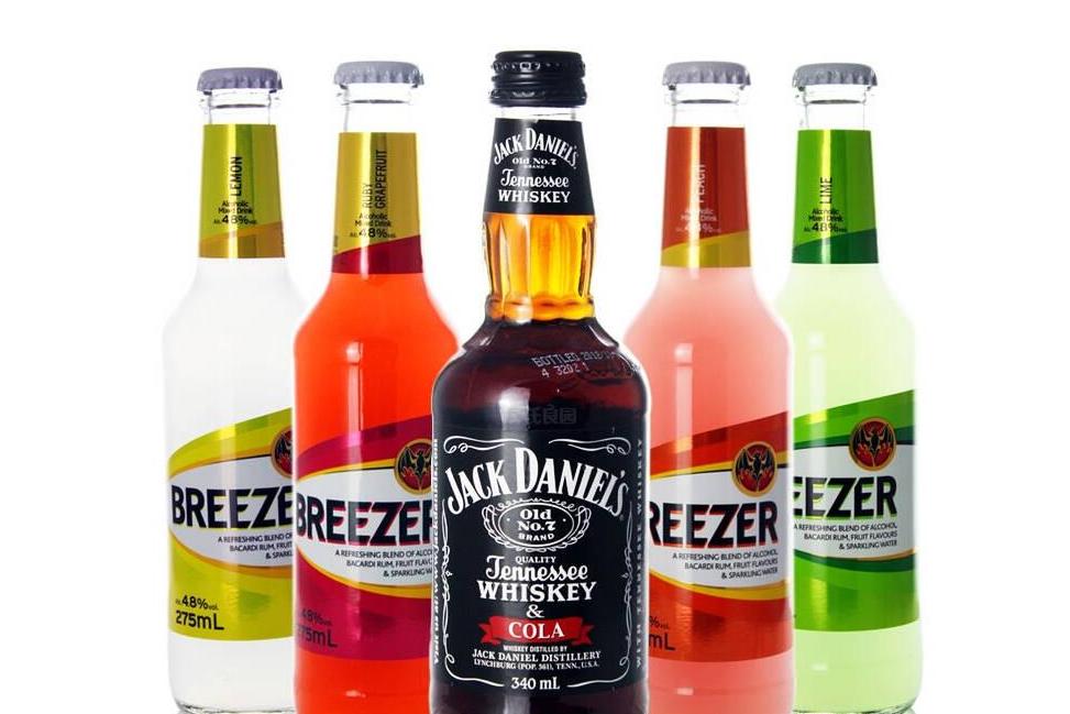 百加得冰锐怎么买不到了 冰锐和锐澳哪个好喝
