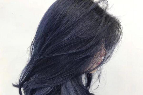 蓝黑色是越掉越好看吗 蓝黑没漂会越洗越黑吗