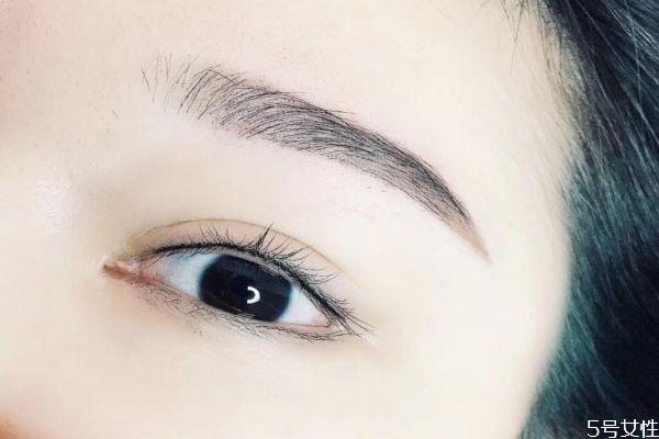 半永久美瞳线的洋气叫法 制作半永久美瞳线的技巧