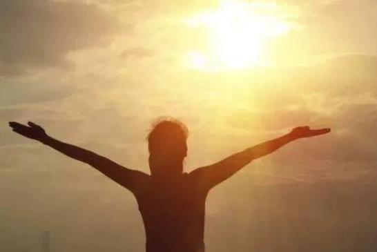 上午几点晒背补阳气 上午几点晒太阳可以补阳气