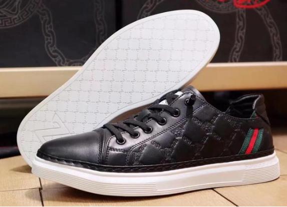 范思哲鞋子有哪些好看又时尚的推荐