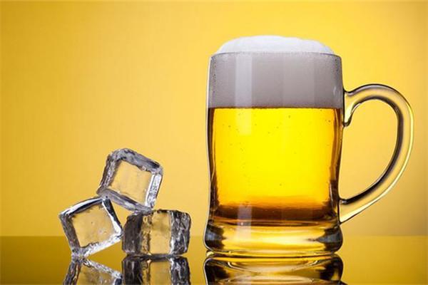 啤酒收缩毛孔有效果吗 啤酒收缩毛孔的弊端